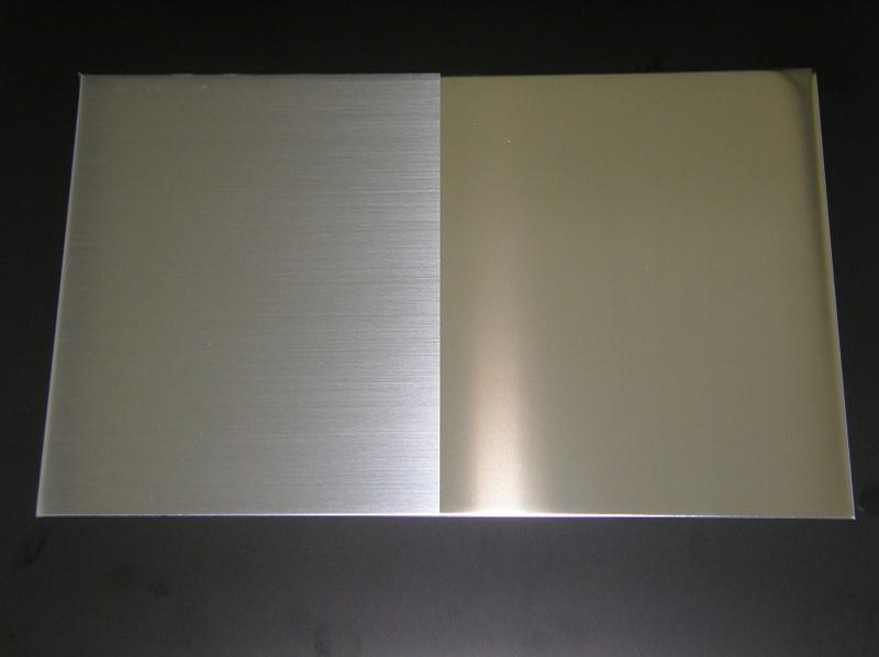 「ヘアーライン透明25-L-F」ヘアーライン仕上げ調の意匠を簡易にラミネートフィルムで実現
